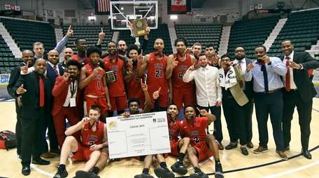 Long Island Lutheran captured the 2019 state Federation