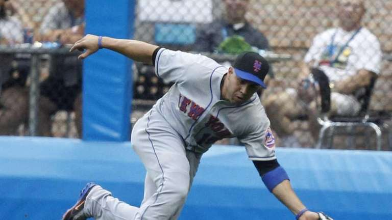 New York Mets' Carlos Beltran can't come up