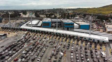 Vehicles at the San Ysidro crossing port on