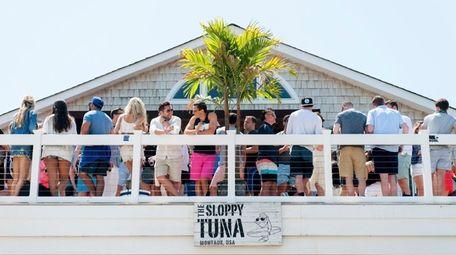 Sloppy Tuna, a summer hot spot in Montauk.