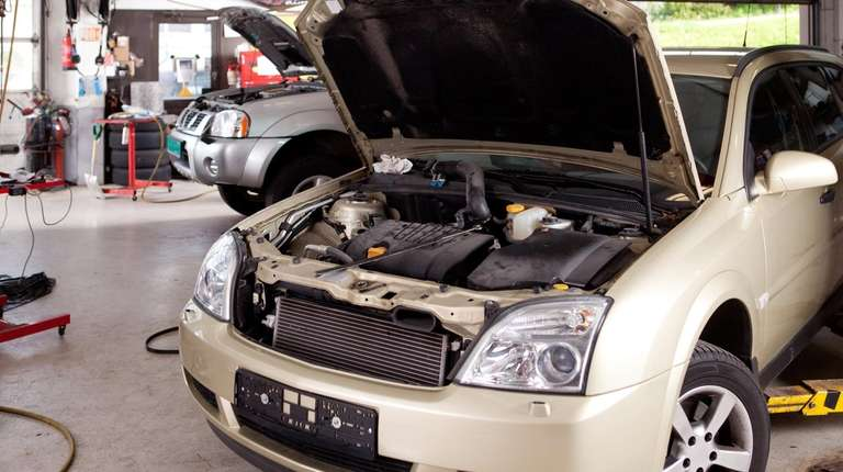 The conventional wisdom says that extended auto warranties