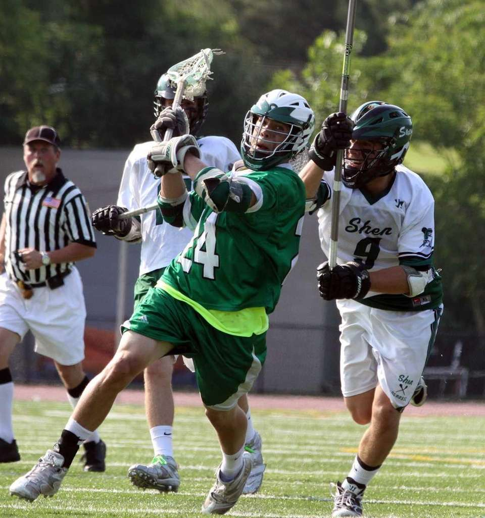 Farmingdale's Patrick Starke lines up shot during the