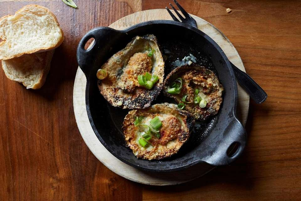 Top Hat Oyster Bar & French Quarter Kitchen,