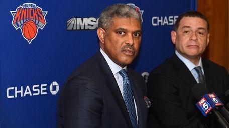 Knicks president Steve Mills and general manager Scott