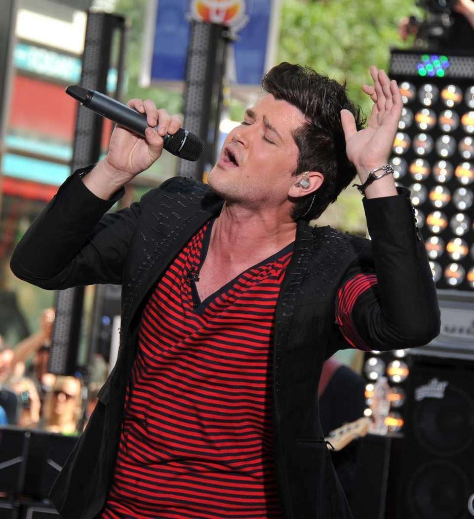 Singer/musician Danny O'Donaghue of The Script performs