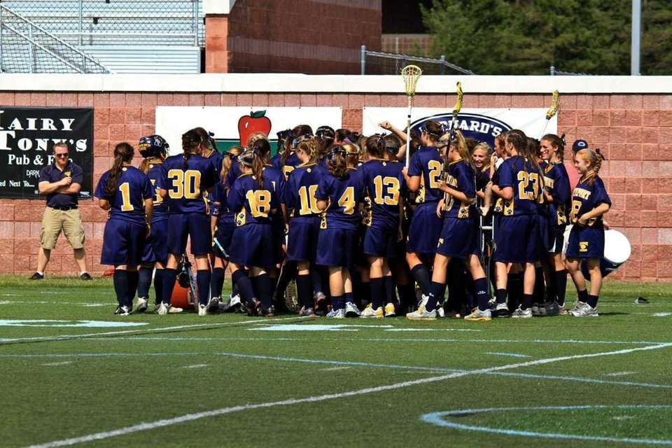 Northport celebrates their win at the semifinals during