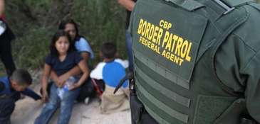 Central American asylum seekers wait as U.S. Border