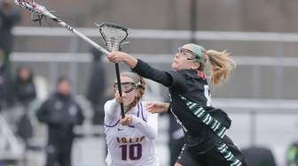Westhampton's Isabelle Smith (8) looks to gain control