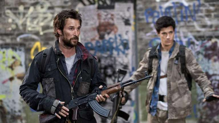 Noah Wyle and Drew Roy star in TNT's