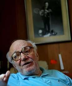 Bill Mazer, 90, known as the host of
