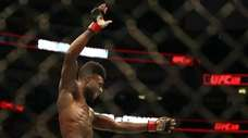 Aljamain Sterling celebrates his victory against Cody Stamann