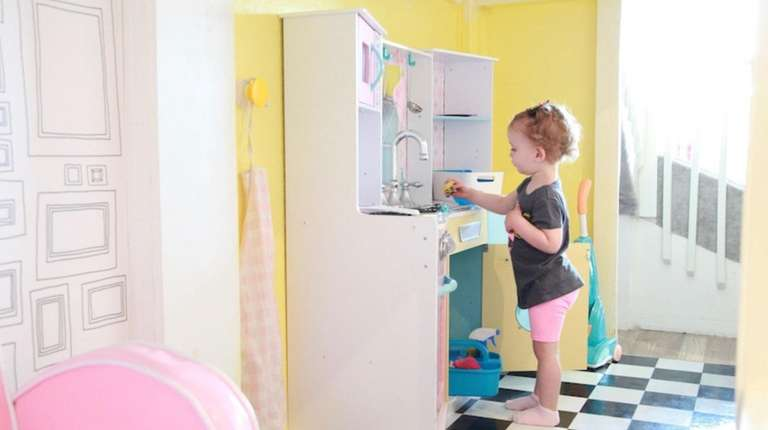 Long Island play places and classes perfect for toddlers and