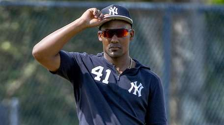 Miguel Andujar drills on the field during spring