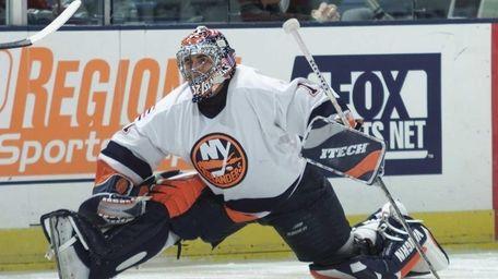 2000: RICK DiPIETRO (1st overall) Goaltender Career Islanders/NHL