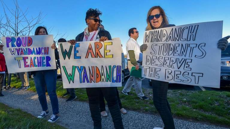 Wyandanch residents, teachers and union leaders protest on