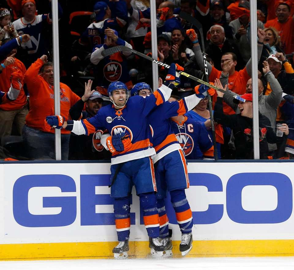 Islanders right wing Jordan Eberle (7) celebrates with