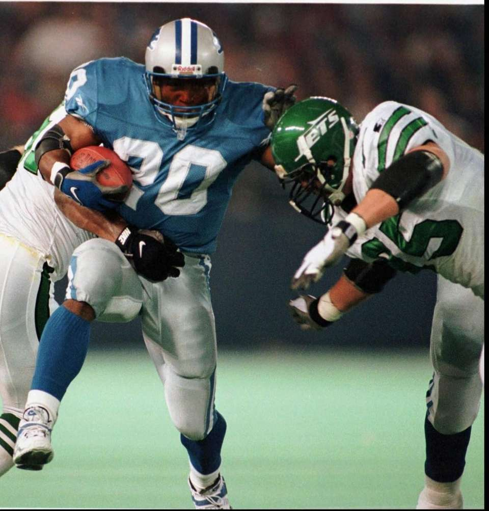 BARRY SANDERS: 15,269 yards 10 seasons, 1989-1998 Sanders