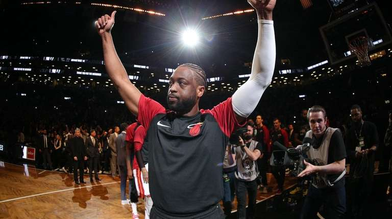 Dwyane Wade plays, putting cap on his career | Newsday
