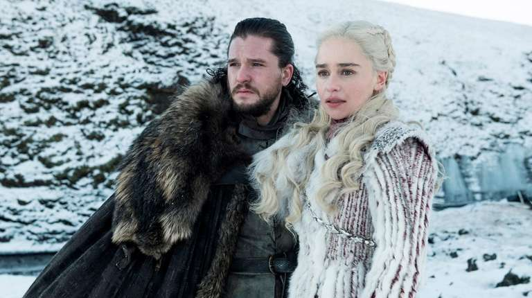 Kit Harington and Emilia Clarke in season 8