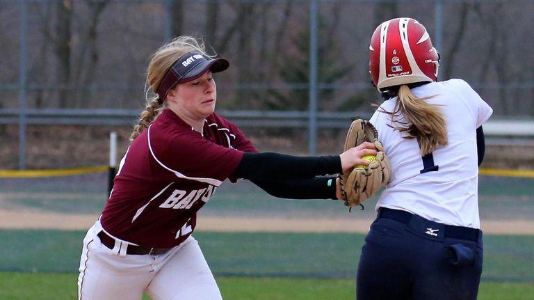 Bay Shore second baseman Caroline Hobbes tags out