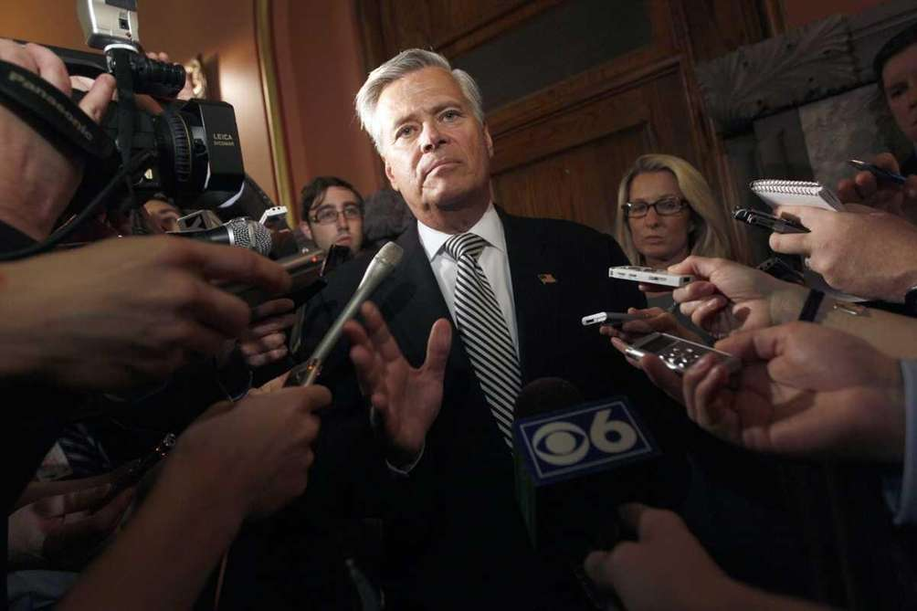 Senate Majority Leader Dean Skelos, R-Rockville Centre, speaks