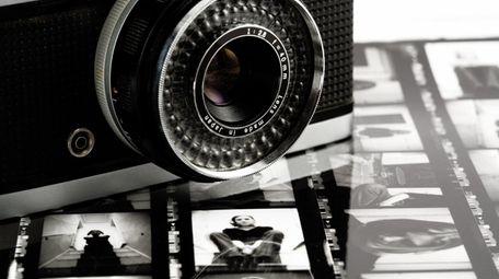 """Feast Your Eyes"" follows a female photographer in"