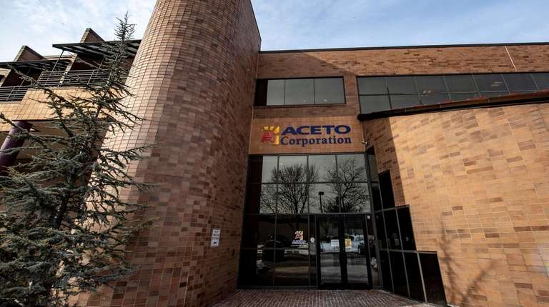 Bankruptcy judge approves sale of Aceto Corp 's drug unit