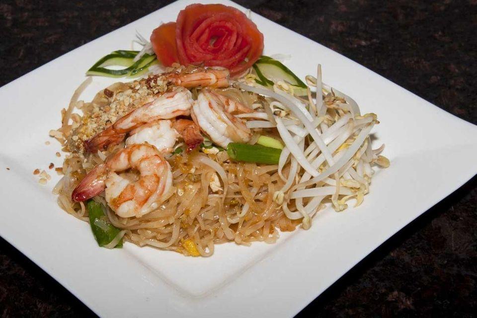 Frankly Thai restaurant's shrimp pad Thai. (June 4,