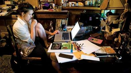Amanda Palmer at her desk