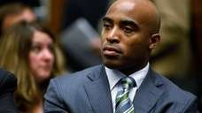 Former Giants running back Tiki Barber will work