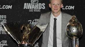 Anaheim Ducks' Corey Perry poses with the Maurice