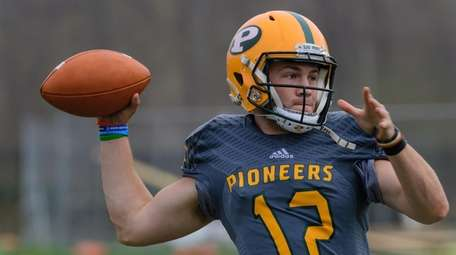 Clay Beathard during the LIU spring football game
