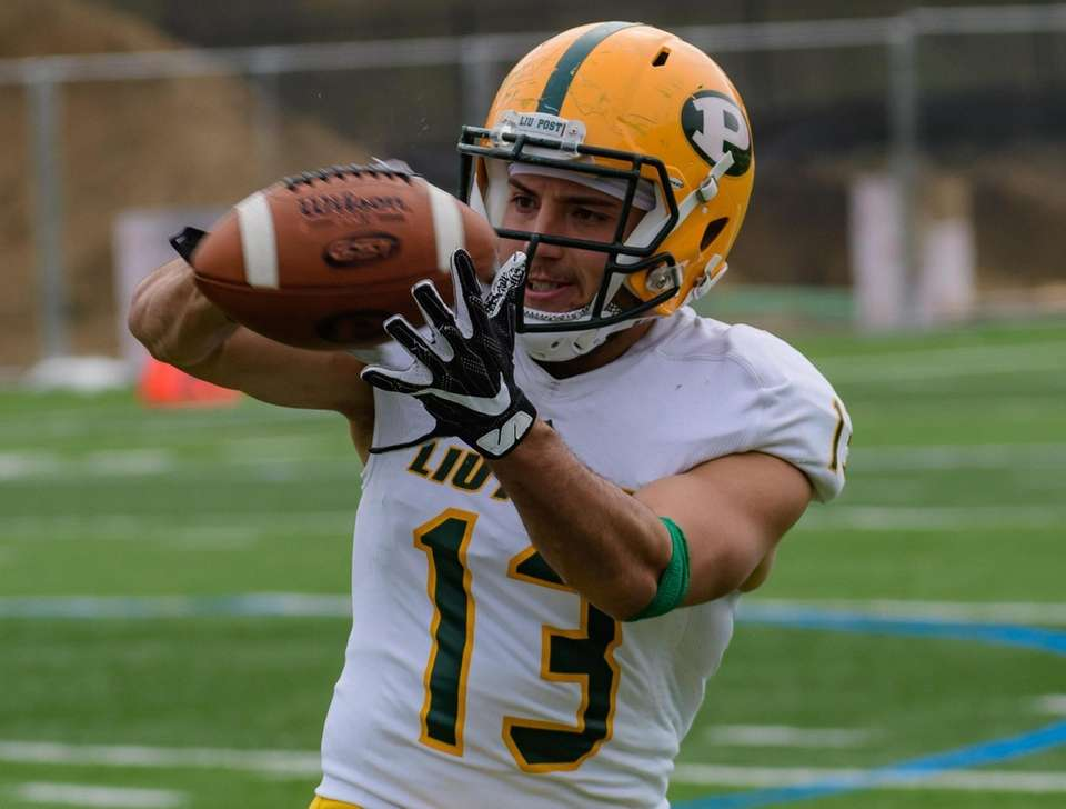 Jake Bofshever during the LIU Post spring football