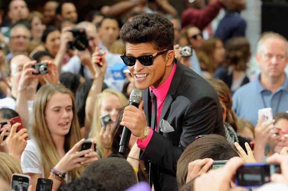 Singer Bruno Mars performs on NBC's