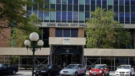 Long Beach City Hall is on Park Avenue.