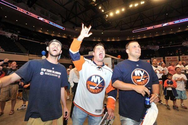 New York Islanders fans, from left: Steven Nosomowitz