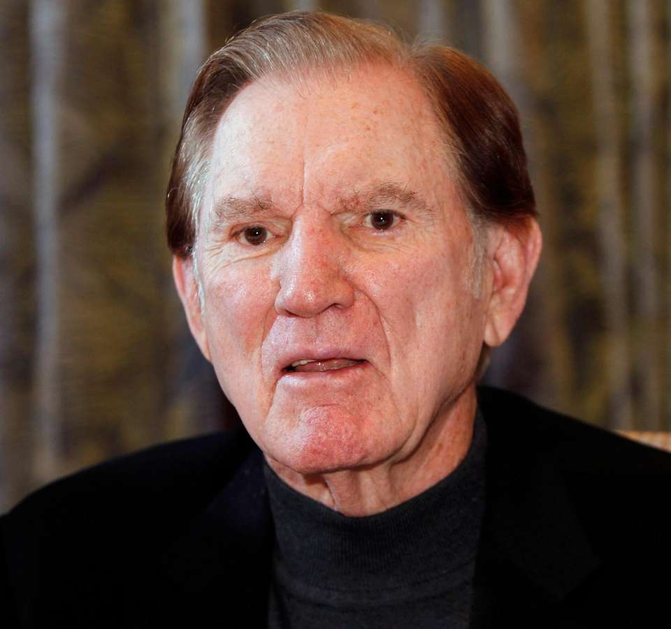 Hall of Fame football player Forrest Gregg, who