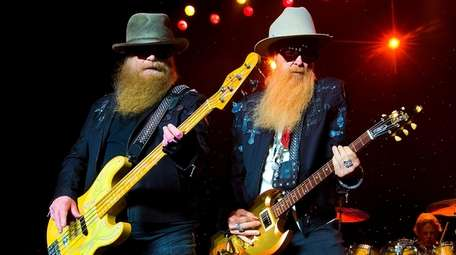 ZZ Top, in a 2016 Boston performance.