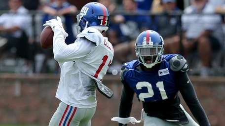 Odell Beckham Jr. catches a touchdown pass against