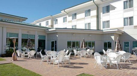Hilton Garden Inn in Riverhead has 114 guest