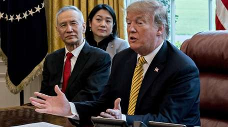 Liu He, China's vice premier, with President Donald