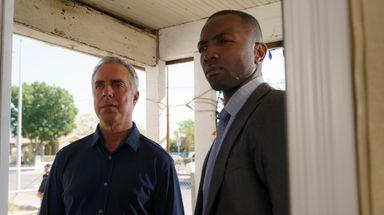 Titus Welliver, left, as homicide Det. Harry Bosch