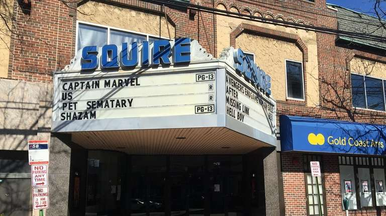 Squire Cinemas on Middle Neck Road in Great