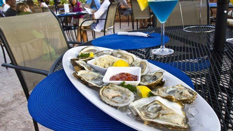Maliblue Oyster Bar in Lido Beach serves fresh