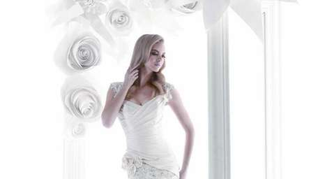 Bridal Reflections hosts a Simone Carvalli trunk show,