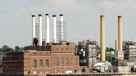 The Glenwood Landing power plant on Hempstead Harbor