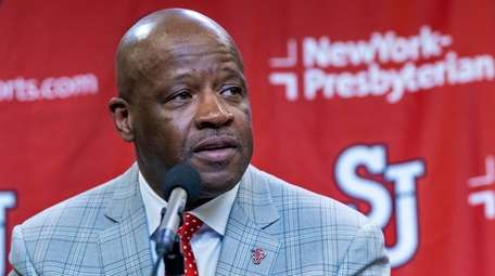 Mike Anderson speaks after being introduced as St.