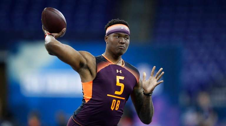 Quarterback Dwayne Haskins of Ohio State works out