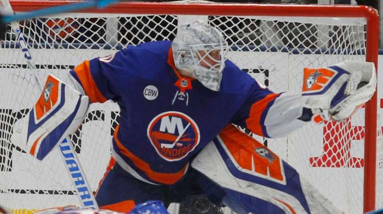 The Islanders Family Embraced Robin Lehner And Now He S Up For Two