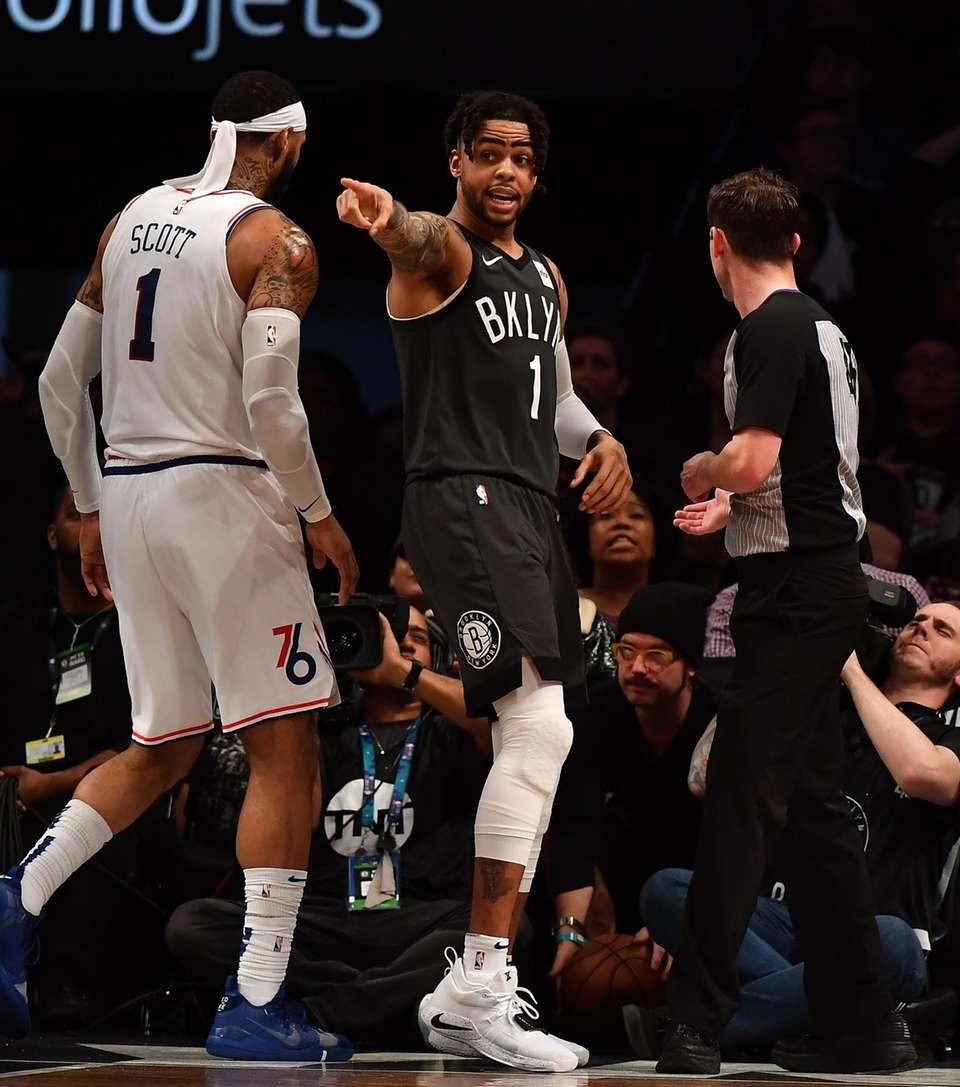 Nets guard D'Angelo Russell (1) reacts in the